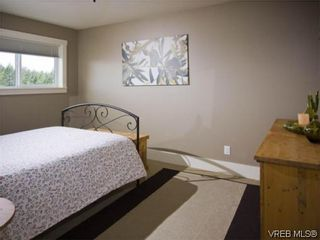 Photo 14: 3355 Sewell Rd in VICTORIA: Co Triangle House for sale (Colwood)  : MLS®# 572108