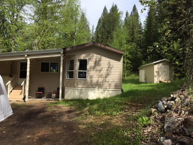 "Photo 1: Photos: 30 3656 HILBORN Road in Quesnel: Quesnel - Rural North Manufactured Home for sale in ""PARK VILLAGE TRAILER PARK"" (Quesnel (Zone 28))  : MLS®# R2437921"