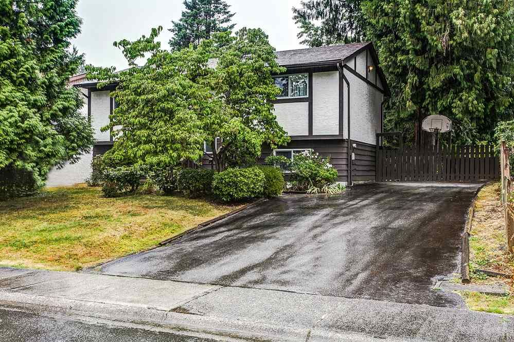 Main Photo: 21097 GLENWOOD Avenue in Maple Ridge: Northwest Maple Ridge House for sale : MLS®# R2205159