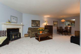"Photo 3: 210 15300 17 Avenue in Surrey: King George Corridor Condo for sale in ""Cambridge II"" (South Surrey White Rock)  : MLS®# R2007848"