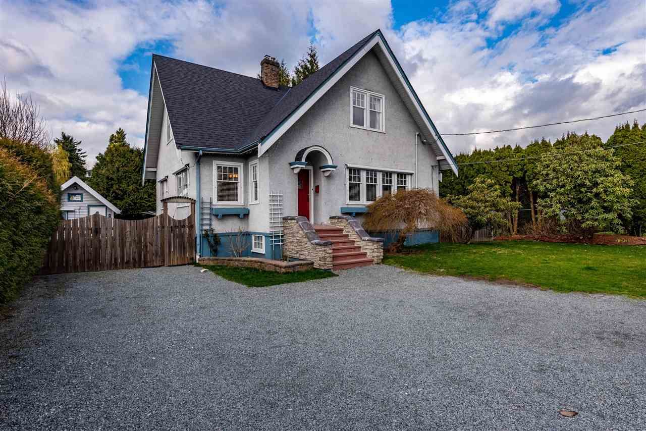Main Photo: 33565 1ST Avenue in Mission: Mission BC House for sale : MLS®# R2557377