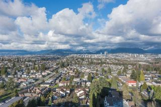 "Photo 12: 2205 4160 SARDIS Street in Burnaby: Central Park BS Condo for sale in ""Central Park Place"" (Burnaby South)  : MLS®# R2233323"