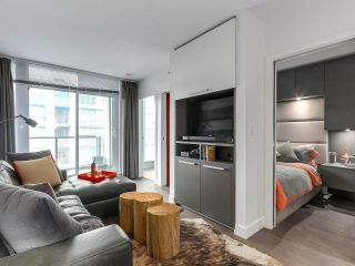 """Photo 4: 1001 288 W 1ST Avenue in Vancouver: False Creek Condo for sale in """"The James Building"""" (Vancouver West)  : MLS®# R2331453"""