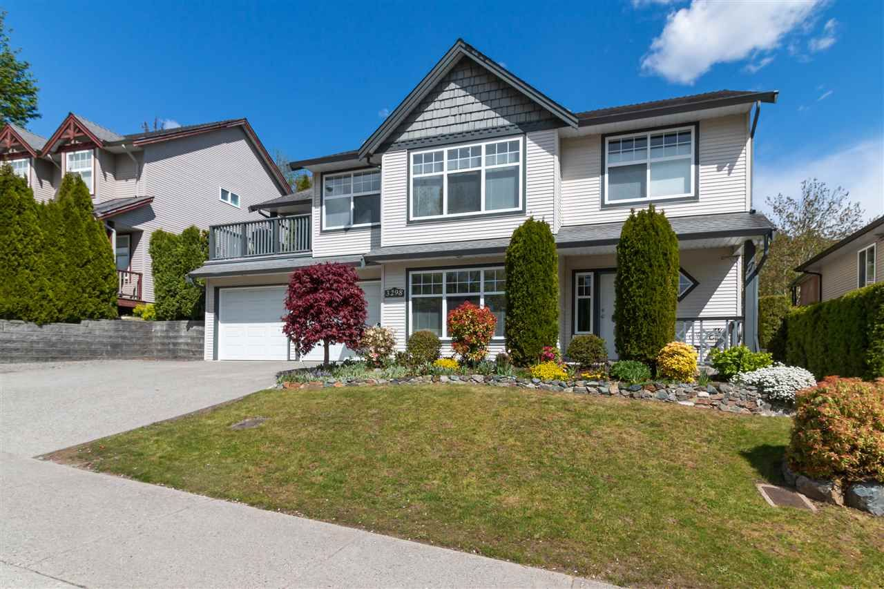 """Main Photo: 3298 MCKINLEY Drive in Abbotsford: Abbotsford East House for sale in """"MCKINLEY HEIGHTS"""" : MLS®# R2364894"""
