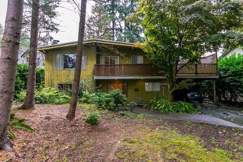 Main Photo: 1562 BERKLEY Road in North Vancouver: Blueridge NV House for sale : MLS®# R2210677