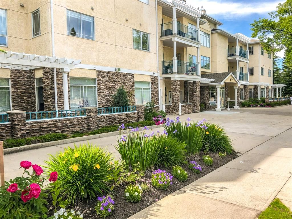 Main Photo: 115 9449 19 Street SW in Calgary: Palliser Apartment for sale : MLS®# A1014671