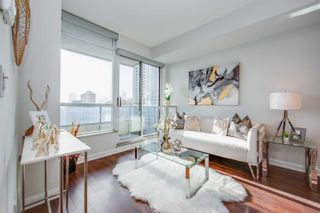 Photo 6: 1407 500 Sherbourne Street in Toronto: North St. James Town Condo for sale (Toronto C08)  : MLS®# C5088340