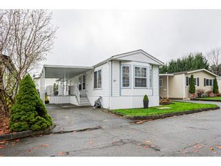 "Photo 1: 32 7850 KING GEORGE Boulevard in Surrey: East Newton Manufactured Home for sale in ""Bear Creek Glen"" : MLS®# R2547682"
