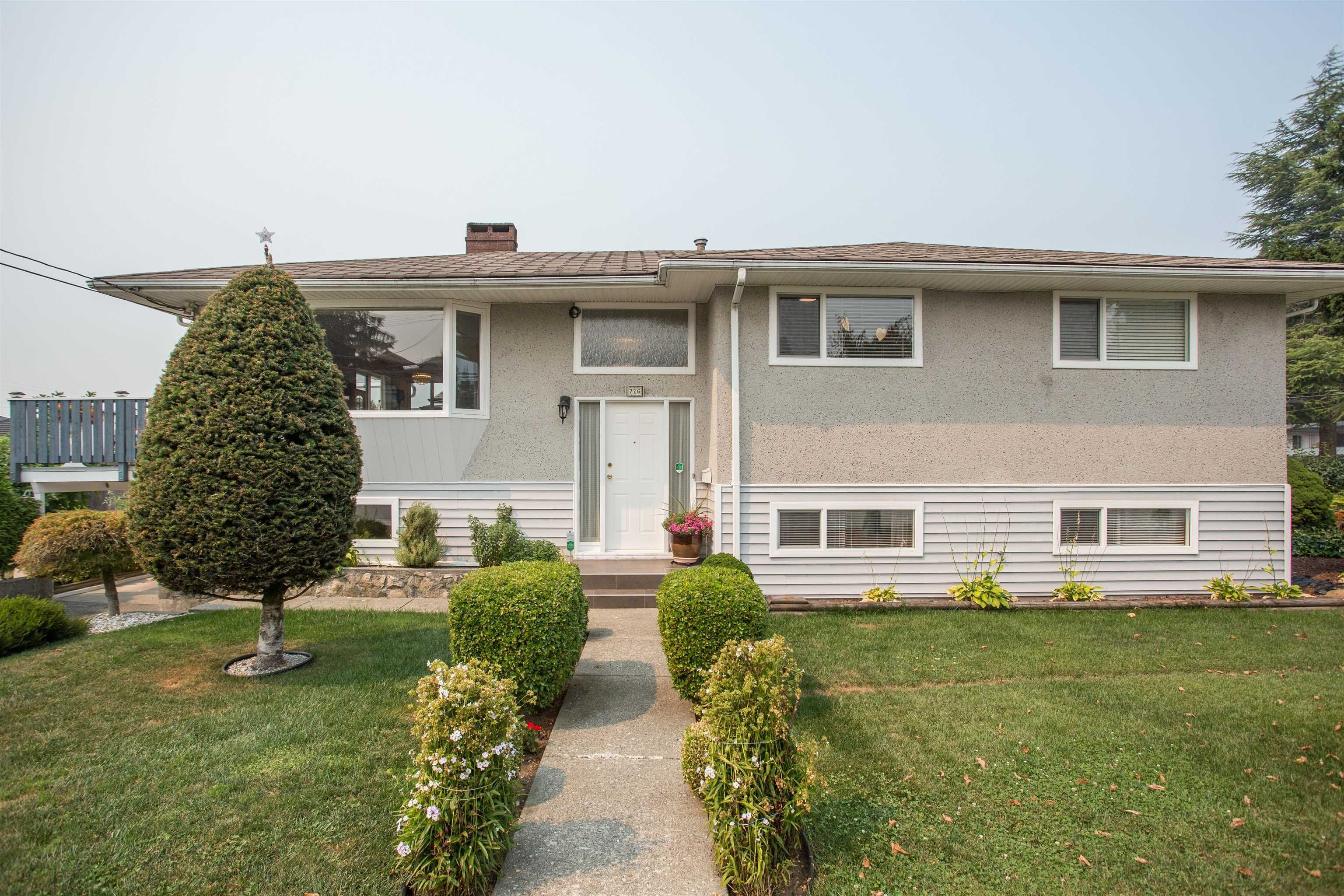 Main Photo: 726 SCHOOLHOUSE Street in Coquitlam: Central Coquitlam House for sale : MLS®# R2609829