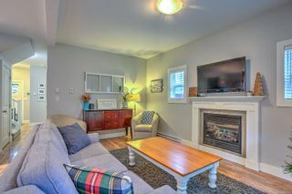 Photo 4: 1043 Skylar Cir in : ML Shawnigan House for sale (Malahat & Area)  : MLS®# 861908