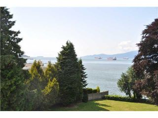 Photo 1: 2585 CORNWALL AV in Vancouver: Kitsilano Condo for sale (Vancouver West)  : MLS®# V1104415