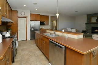 Photo 10: 169 PANTEGO Road NW in Calgary: Panorama Hills House for sale : MLS®# C4172837