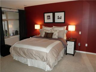"Photo 6: 311 400 KLAHANIE Drive in Port Moody: Port Moody Centre Condo for sale in ""TIDES"" : MLS®# V870008"