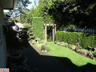 "Photo 16: 6 15099 28TH Avenue in Surrey: Elgin Chantrell Townhouse for sale in ""Gardens at Semiahmoo"" (South Surrey White Rock)  : MLS®# F1026125"