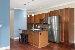 Photo 5: 108 2006 Troon Crt in : La Bear Mountain Condo for sale (Langford)  : MLS®# 858406
