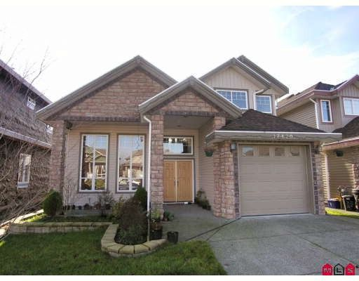 Main Photo: 17470 64A Avenue in Surrey: Cloverdale BC House for sale (Cloverdale)  : MLS®# F2832643