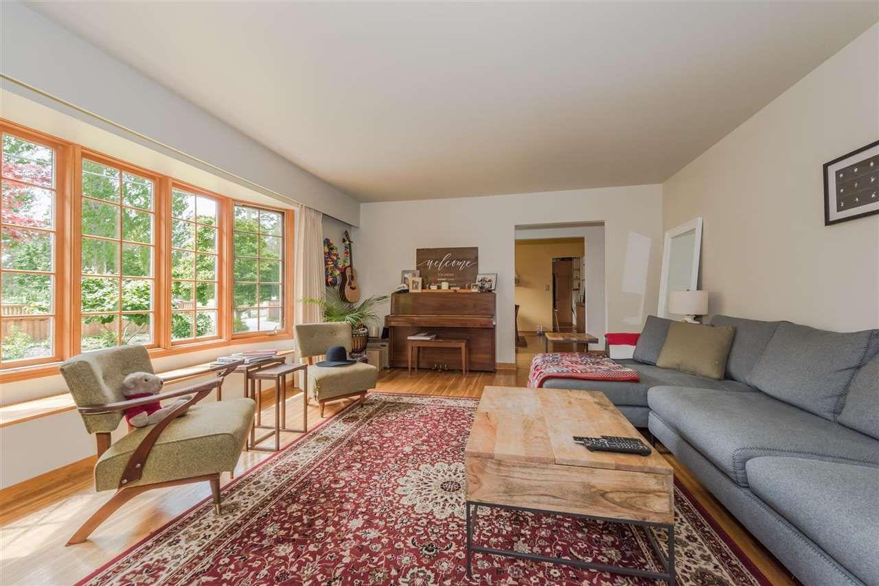 Main Photo: 5743 16 Avenue in Delta: Beach Grove House for sale (Tsawwassen)  : MLS®# R2176519
