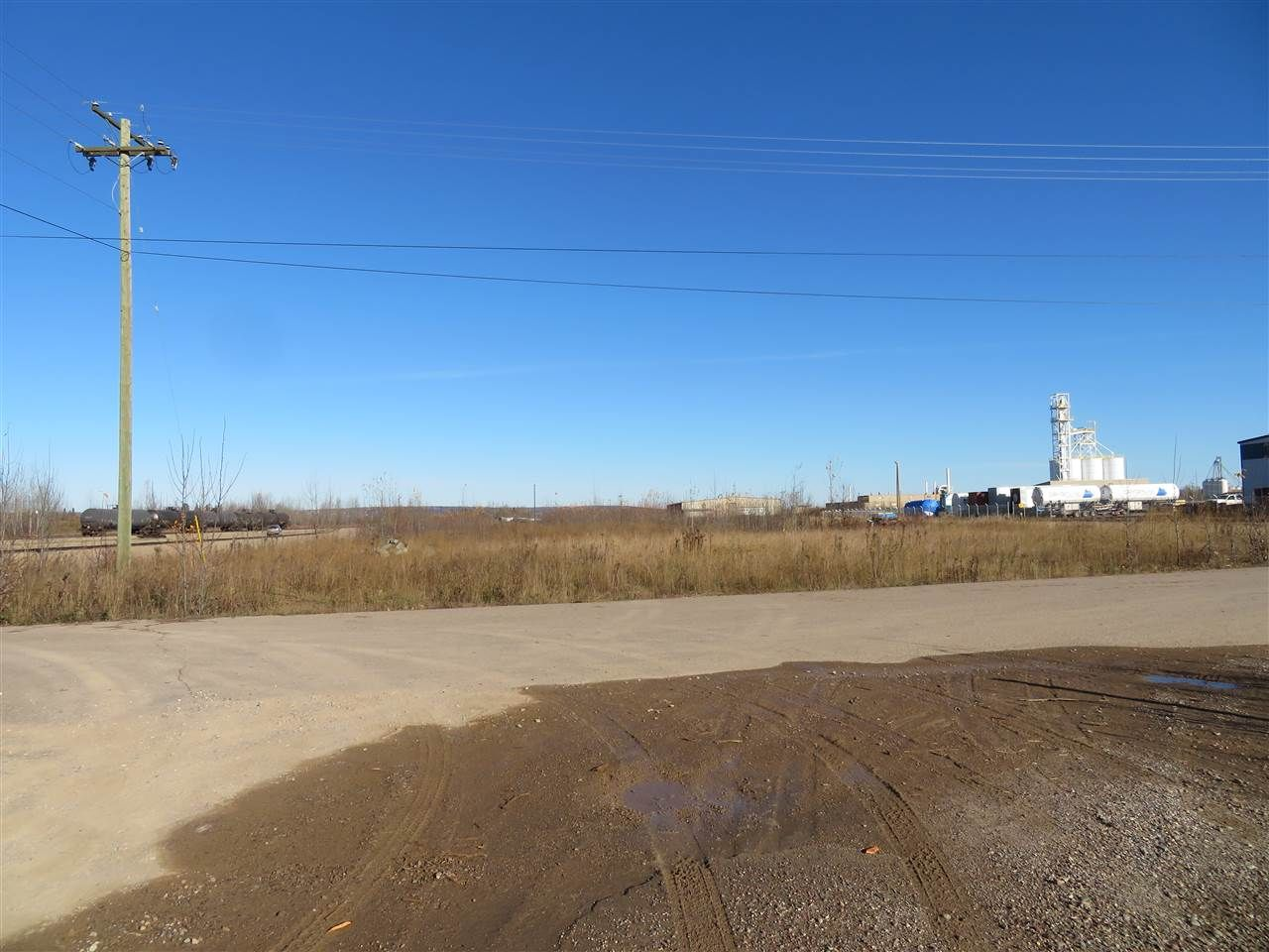 Main Photo: 20 DAWSON'S Drive in Fort Nelson: Fort Nelson - Rural Industrial for sale (Fort Nelson (Zone 64))  : MLS®# C8034680