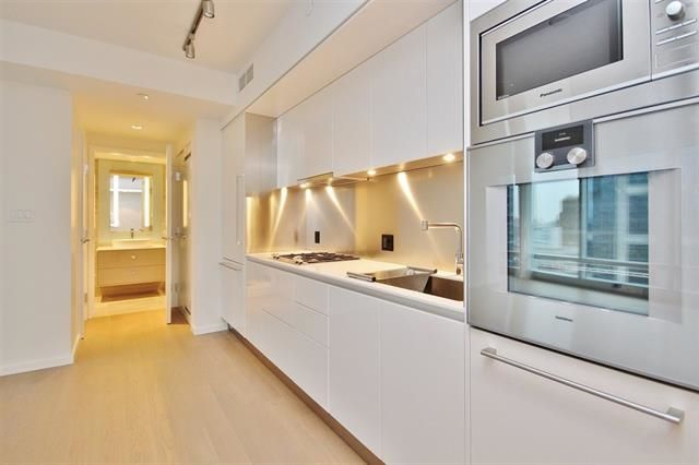 """Photo 5: Photos: 3501 1151 W GEORGIA Street in Vancouver: Coal Harbour Condo for sale in """"Trump International Hotel and Tower"""" (Vancouver West)  : MLS®# R2140743"""