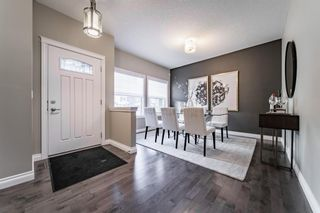 Photo 2: 28 ROCKFORD Terrace NW in Calgary: Rocky Ridge Detached for sale : MLS®# A1069939