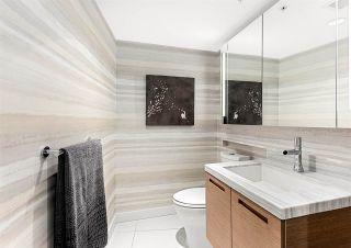 """Photo 8: PH2 777 RICHARDS Street in Vancouver: Downtown VW Condo for sale in """"Telus Garden"""" (Vancouver West)  : MLS®# R2429088"""