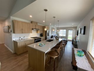 """Photo 5: 5688 PARTRIDGE Way in Sechelt: Sechelt District House for sale in """"TYLER HEIGHTS"""" (Sunshine Coast)  : MLS®# R2476926"""