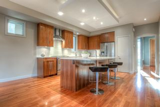 Photo 5: 2308 3 Avenue NW in Calgary: West Hillhurst Detached for sale : MLS®# A1051813