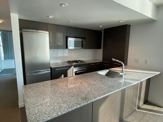 Photo 3: 6F 522 W8th Ave., Vancouver in Vancouver: Fairview VW Condo for rent