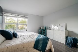 """Photo 21: 10 7250 122 Street in Surrey: East Newton Townhouse for sale in """"STRAWBERRY HILL"""" : MLS®# R2622818"""