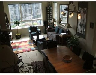 """Photo 5: 3 2978 WHISPER Way in Coquitlam: Westwood Plateau Townhouse for sale in """"WHISPER RIDGE"""" : MLS®# V643247"""