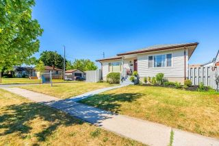 Main Photo: 26 East Lawn Street in Oshawa: Donevan House (Bungalow) for sale : MLS®# E4818284