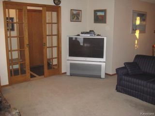 Photo 3: 54 Chornick Drive in WINNIPEG: North Kildonan Residential for sale (North East Winnipeg)  : MLS®# 1500741