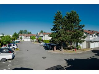 "Photo 12: # 812 8972 FLEETWOOD WY in Surrey: Fleetwood Tynehead Townhouse for sale in ""Park Ridge Gardens"" : MLS®# F1316936"