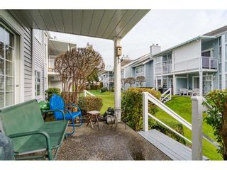 "Photo 20: 805 9139 154 Street in Surrey: Fleetwood Tynehead Townhouse for sale in ""Lexington Square"" : MLS®# R2431673"