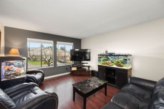 Photo 4: 2326 WAKEFIELD Drive: House for sale in Langley: MLS®# R2527990