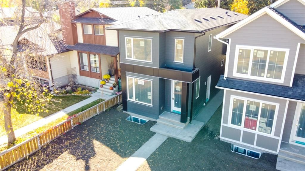 Main Photo: 8633 34 Avenue NW in Calgary: Bowness Detached for sale : MLS®# A1031330