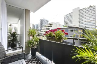 "Photo 18: 202 1850 COMOX Street in Vancouver: West End VW Condo for sale in ""El Cid"" (Vancouver West)  : MLS®# R2490082"