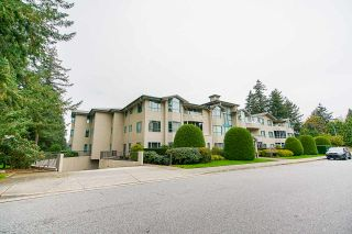 "Photo 2: 202 1569 EVERALL Street: White Rock Condo for sale in ""Seawynd Manor"" (South Surrey White Rock)  : MLS®# R2513338"