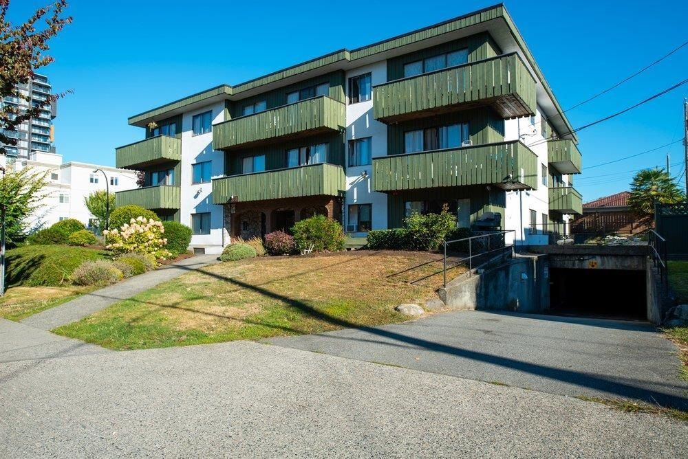 """Main Photo: 1441 W 70TH Avenue in Vancouver: Marpole Multi-Family Commercial for sale in """"Broadview Court"""" (Vancouver West)  : MLS®# C8038842"""