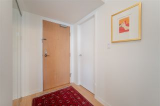 "Photo 4: 1403 1003 PACIFIC Street in Vancouver: West End VW Condo for sale in ""SEASTAR"" (Vancouver West)  : MLS®# R2566718"