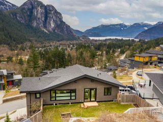 """Photo 28: 38580 HIGH CREEK Drive in Squamish: Plateau House for sale in """"Crumpit Woods"""" : MLS®# R2547060"""