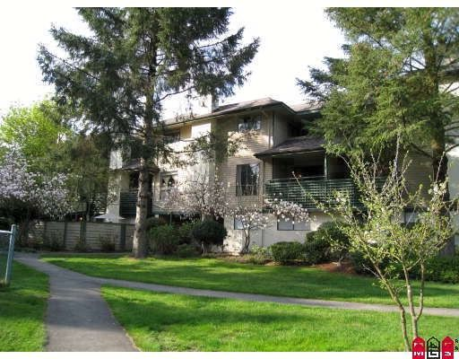"""Main Photo: 14824 HOLLY PARK Lane in Surrey: Guildford Townhouse for sale in """"HOLLY PARK LANE"""" (North Surrey)  : MLS®# F2914434"""