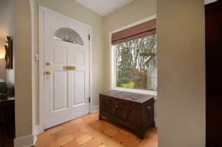Photo 2: 3239 West 36th Avenue in Vancouver: MacKenzie Heights Home for sale ()  : MLS®# V934290