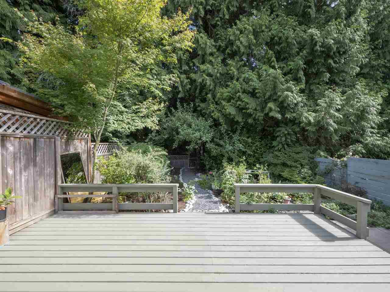 Main Photo: B - 778 CREEKSIDE Crescent in Gibsons: Gibsons & Area 1/2 Duplex for sale (Sunshine Coast)  : MLS®# R2422485