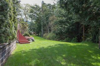 """Photo 16: 41383 DRYDEN Road in Squamish: Brackendale House for sale in """"Eagle Run"""" : MLS®# R2163949"""