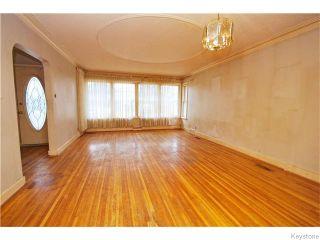 Photo 2: 586 Niagara Street in Winnipeg: River Heights / Tuxedo / Linden Woods Residential for sale (South Winnipeg)  : MLS®# 1608596