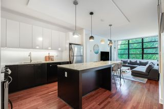 """Photo 5: 305 2828 YEW Street in Vancouver: Kitsilano Condo for sale in """"Bel-Air"""" (Vancouver West)  : MLS®# R2602736"""