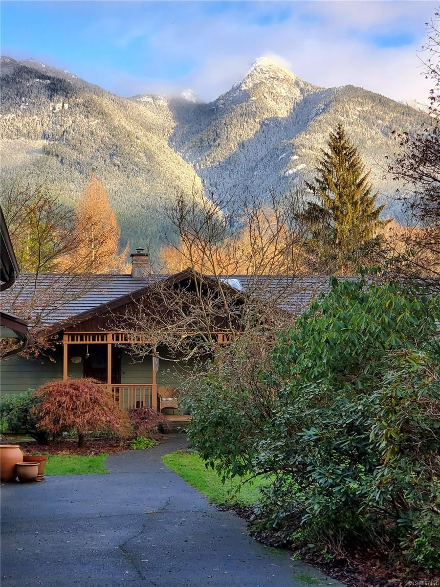 Main Photo: 958 Frenchman Rd in : NI Kelsey Bay/Sayward House for sale (North Island)  : MLS®# 867464
