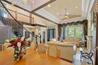 """Photo 3: 11810 96A Avenue in Surrey: Royal Heights House for sale in """"Royal Heights"""" (North Surrey)  : MLS®# R2563205"""