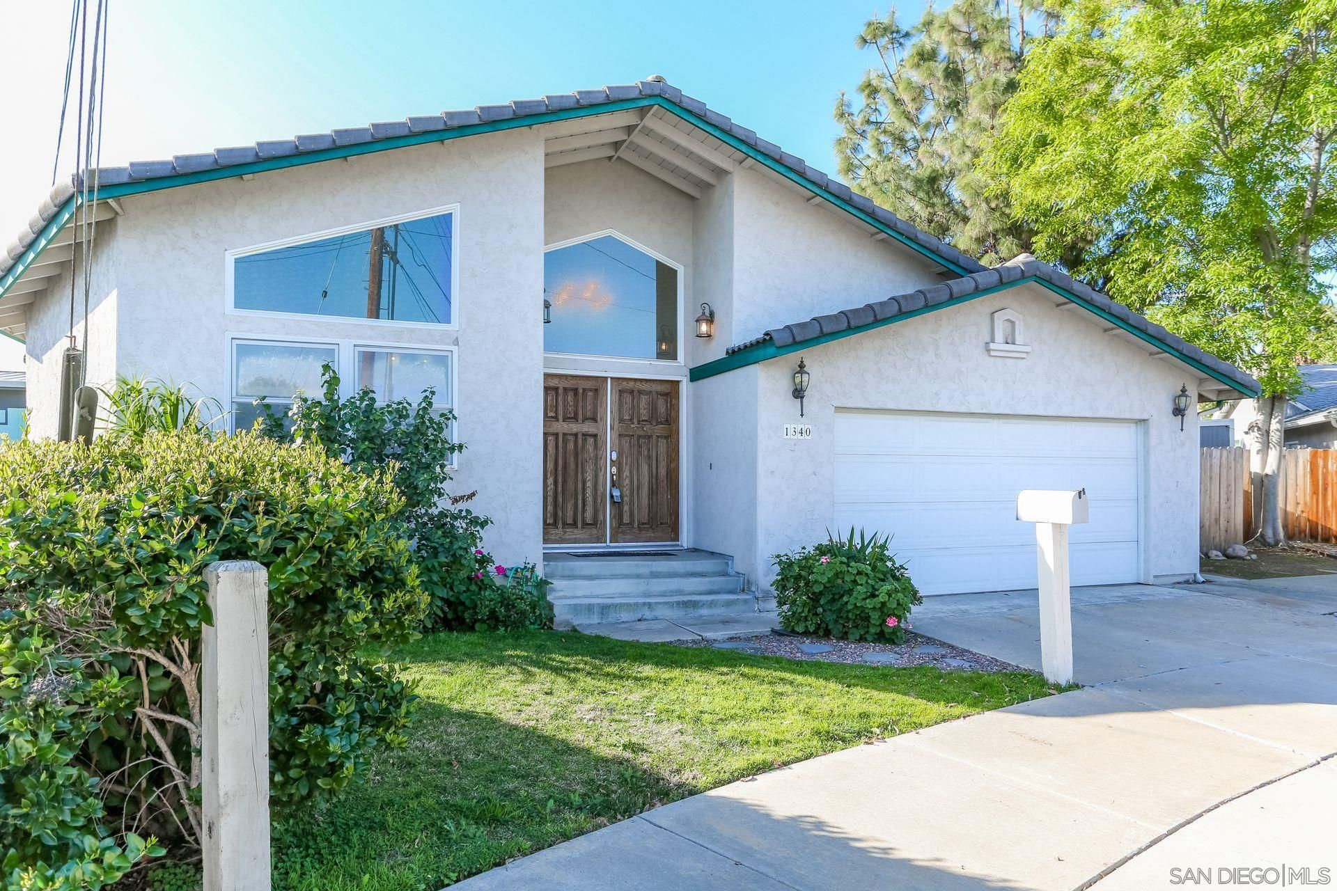 Main Photo: EL CAJON House for sale : 3 bedrooms : 1340 Bluebird St